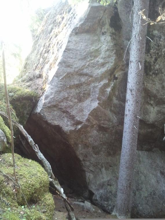 Isot kivet