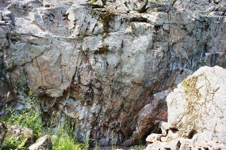 S Landsberget crag