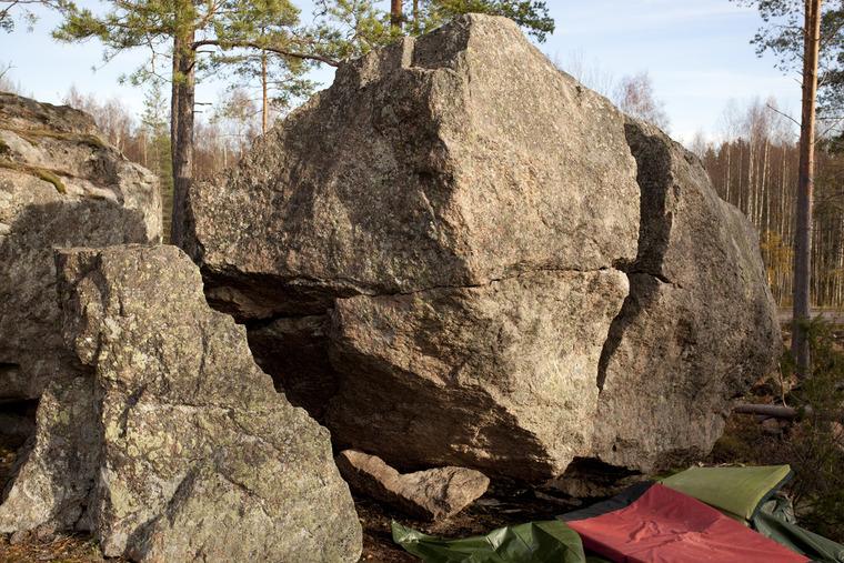 Särkynyt kivi