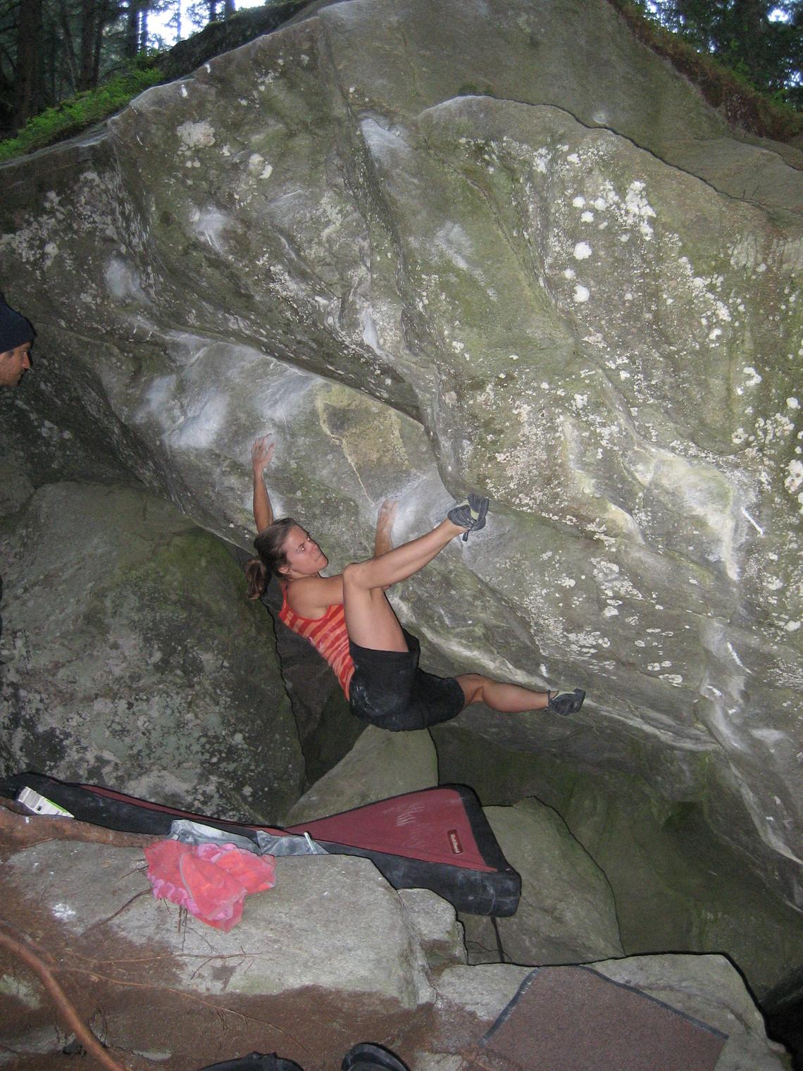 paremmin monia muodikkaita houkutteleva hinta 27 Crags Photo - Anja climbs Tree Attack, Magic Wood