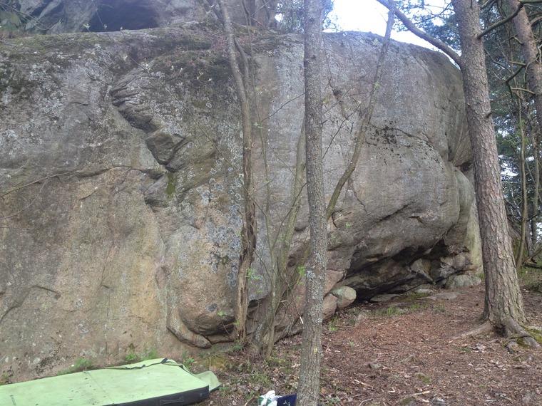 Vätti boulder