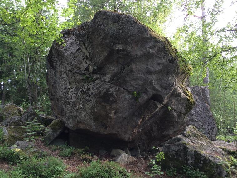 Leikkikentän kivet.