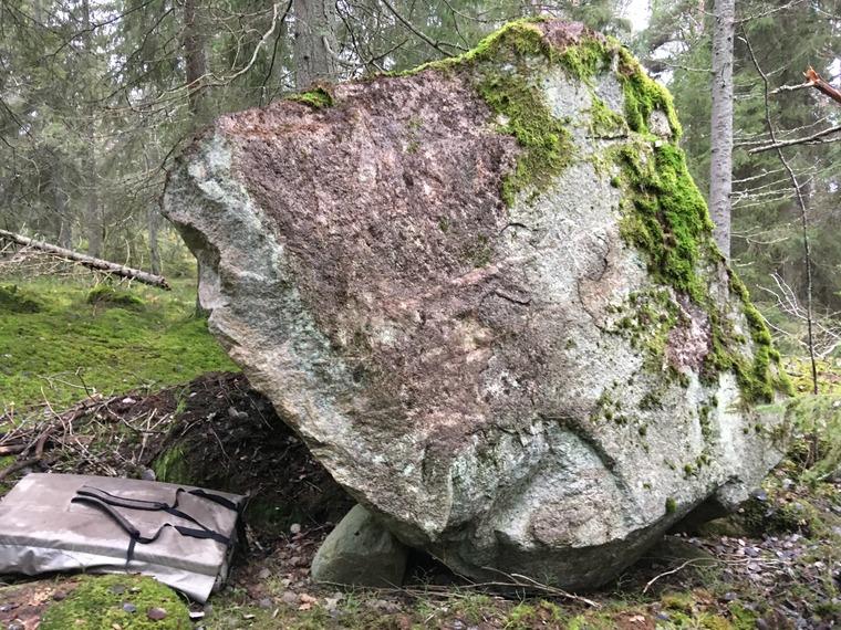 Lost Boulder 1